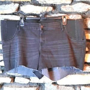 NWT Jean's  maternity shorts for summer